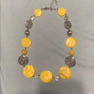 Jewelry - Yellow& Silver necklace